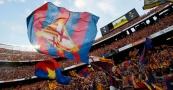 aficion-barsa-estadio-nou-camp-banderas