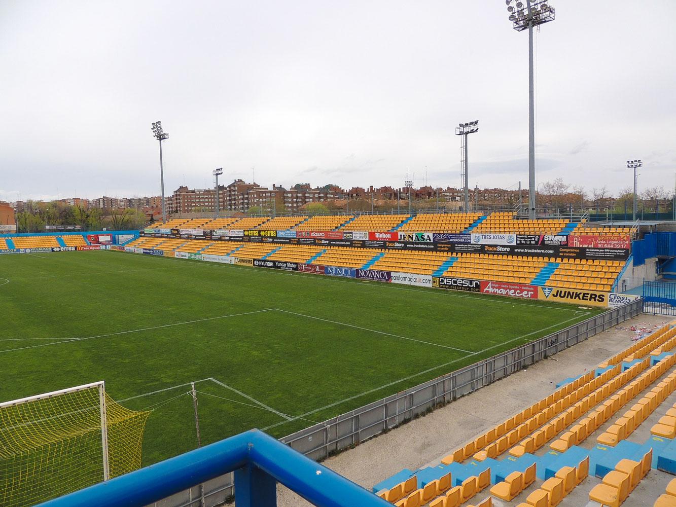estadio-santo-domingo-alcorcon-lateral
