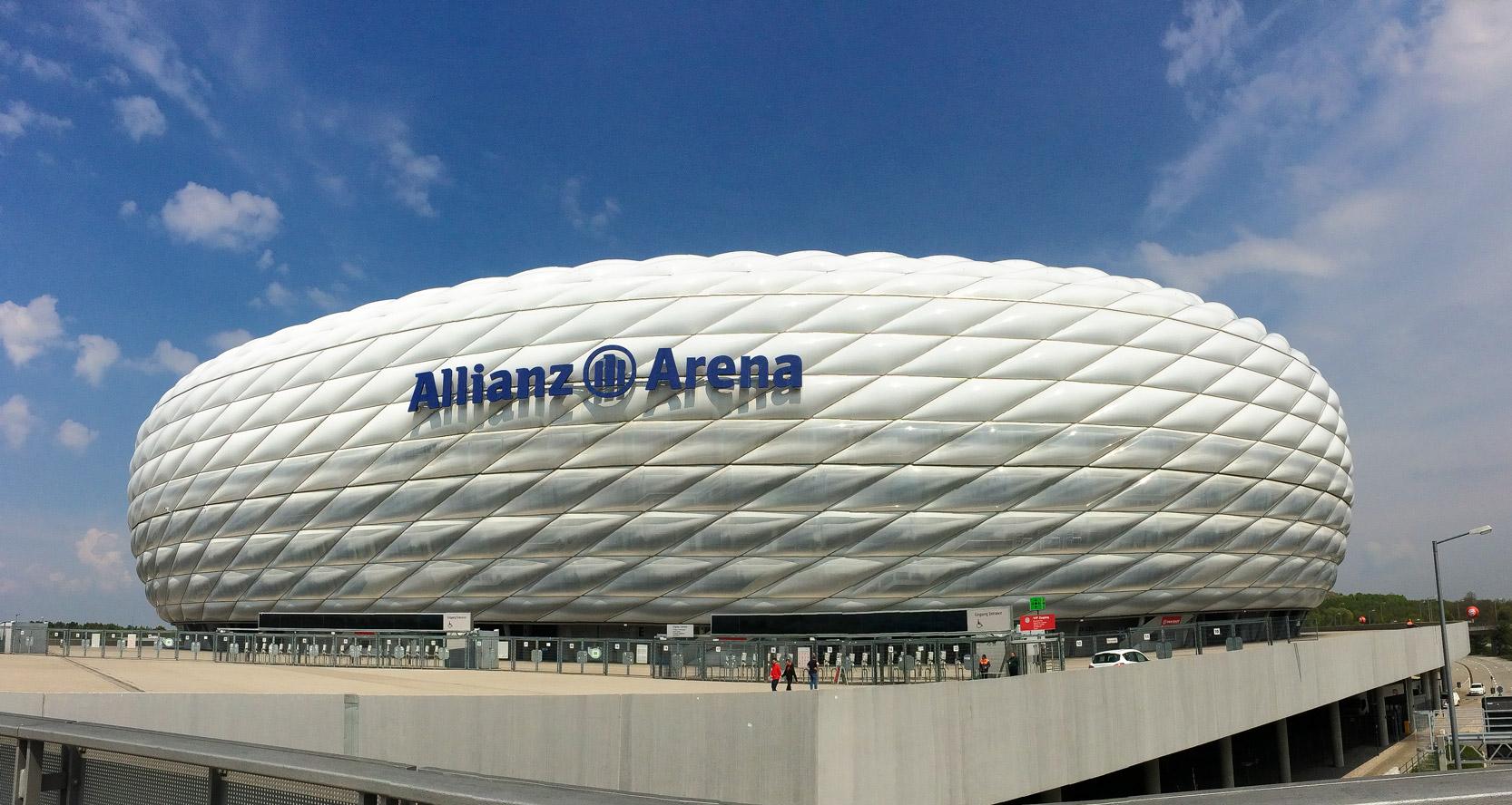 allianz-arena-fachada