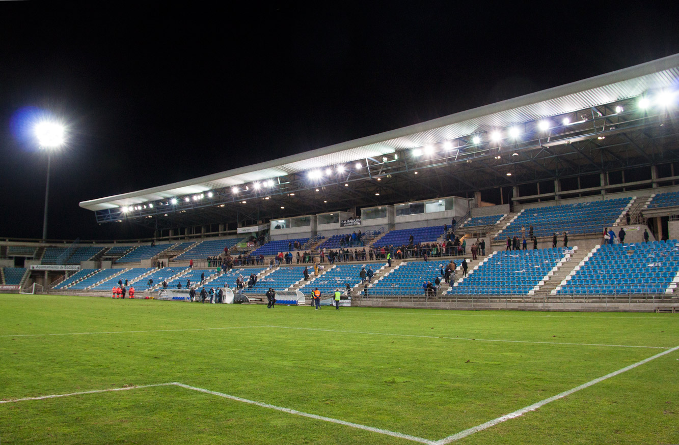 tribuna-estadio-badajoz